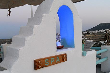 Hotels in Sifnos with jacuzzi